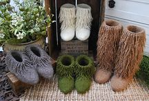 Lamb's Pride / Ideas for our most popular single-ply yarn of 85% wool and 15% mohair.