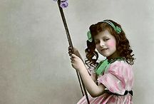 VINTAGE CHILDREN PICTURES