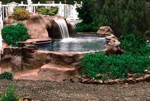 Áreas externas  e piscinas /  A água da vida e frescor as áreas externas e internas