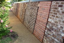 Courtyard at East Texas Brick / Our Courtyard is lined with our most popular options of bricks for you to see before making your decision.