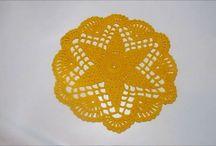 flori crochetate