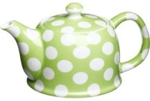 im a little teapot / by Holly Macdonald Sizaire