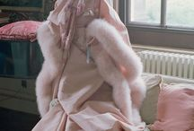Couture Creations / Featuring the finest tailoring and craftsmanship, good couture design defies seasons and trends to become timeless artworks. Here Modeconnect.com compiles the best of couture, from its creation in the 1800's till the modern day.