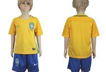 Billige Brasilien fodboldtrøjer til børn / Køb billige Brasilien fodboldtrøjer til børn online med oplag. Vi leverer nye Brasilien billige fodboldsæt børn med lav pris og hurtig levering. Køb nu!