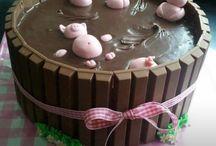 Cute kit kat cake