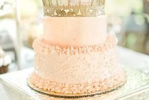 Cakes / Cake inspiration for birthdays, weddings, and any celebration. Beautiful cakes and easy recipes to make a cake yourself. Cake color schemes and designs.