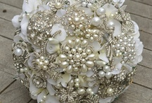 Brooch Bouquets / Some of the best brooch bouquets we've found on Pinterest