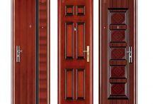 Pintu Besi Solideflex / Steel Door merupakan pintu yang difokuskan sebagai alternatif pengganti pintu kayu dan merupakan pintu keamanan ( security door ) sehingga mampu mengantisipasi / meminimalkan gangguan pencuri. Pintu besi solideflex merupakan pintu dari baja yang didesain atau dirancang untuk memenuhi kebutuhan pintu yang mempunyai daya tahan yang kuat dan tinggi. Dengan plat baja dan diperkuat dengan sistem tulang penguat di dalam daun pintu.