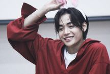 koreans on top / kpop things with cute smile