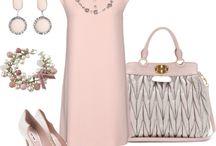 Moda amb vestits curts