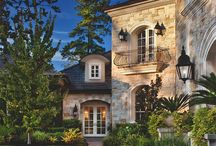 Gorgeous houses / by Melissa Barrella Williams
