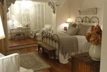 Bedroom / by Julie von Merz