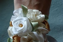 Artificial Boutonnieres & Corsages