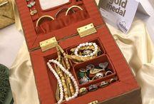 tort cu bijuterii