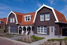 Woningbouw | Vida / Inspiratie voor keramische woningbouw met stijlkenmerken: jaren-dertig, geborgen, robuust, gezellig. Ideeën voor toepassing van keramische dakpannen en gevelstenen.