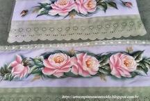 pintura em toalhas de banho