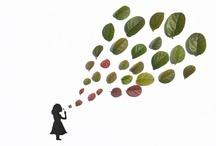 Ilustraciones con hojas - Tang Chiew Ling / Chiew Ling Tang, es una ilustradora y diseñadora gráfica con sede en Kuala Lumpur, Malaysia,  que realiza composiciones hechas a mano utilizando hojas de plantas y tinta.