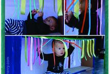 Brincadeiras sensoriais para bebés