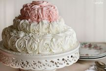Cakes... / by Faby Diaz