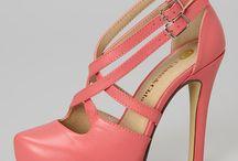 Women Shoes / Women Shoes / by Fadhli Sadar