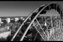 Filmowanie dla firm / Grupa 5D świadczy profesjonalne usługi wideofilmowania dla firm z Bydgoszczy i okolic, np. filmowanie dronem (z powietrza), filmy reklamowe, wideo produktowe.