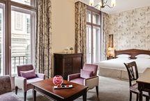 Rooms in Paris / Hotel du Louvre, a Hyatt Hotel very parisian rooms