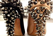 OMG shoes  / by Rajaa Harland