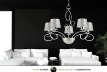 Colección Alejandra / La colección Alejandra con acabados tanto en cromo como en cuero cuenta con una base retroiluminada con tecnología LED, y está representada tanto en pantallas de nácar, como en diversos tejidos actuales.