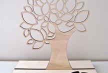 j / tree