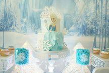 """Sweet table """"reine des neiges""""/ """"Frozen"""" 2 / sweet table féerique pour un anniversaire d'une jolie princesse des glaces"""