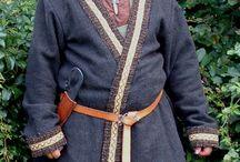 Wikinger Kleidung / viking dress / Originalstücke und Nachbildungen wikingerzeitlicher Kleidungsstücke und Trachtgegenstände / Originals and replicas of dresses of the vikings