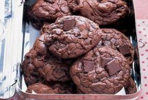 Cookies and Candy / Yum / by Anna Chancellor-Hill