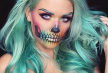 Halloween / Makeup & Costumes