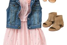 Infant's clothes .. dětská móda