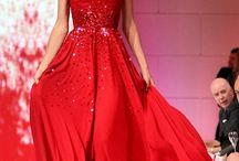Moda / Beautiful red dress