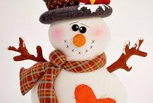 1 новый год снеговики