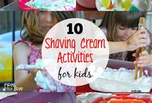 Shaving Cream Messy Fun / Shaving cream is a great way for your child to engage in lovely, sensory, messy play. It will also help to spark the creative button in your child.