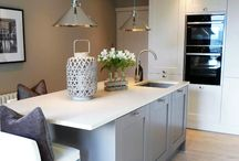 A Perfectly Crafted Kitchen Breathes New Life Into A Home / Seeing a perfect opportunity to make a brand new start with their kitchen, there was no question for Mr and Mrs Beyer about where to find the very best kitchen design team for the job.