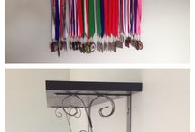 DIY-GYMNASTIC medal holder (s)