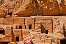 Jordan Bucket List / Best things to see and do in Jordan, dream destinations, transportation, attractions, excursions, places to see, national parks, hikes.