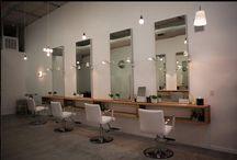 hyller for frisør stolr