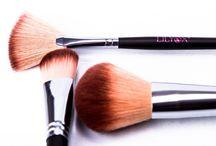 Nos pinceaux à maquillage / Des pinceaux de qualité pour un maquillage net et précis !