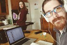 Instagram Stamattina si lavora alacremente: io programmo il canale, Ary termina la maglietta di febbraio! :D