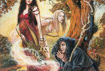 Triple Goddess~Maiden, Mother, Crone (Queen)