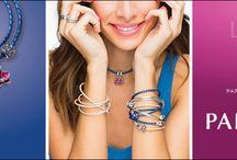 Pandora / Pandora est une collection fait en argent .925 et en or 14 KT.  En portant votre bracelet Pandora, vous revivez vos souvenirs que vous n'oublierait jamais. Vos passions, votre famille, vos couleurs, vos amours ainsi que plusieurs moments importants pour vous sont présents sur votre bracelet. Chaque bille représente un moment magique & c'est ce qui créer la magie de Pandora  #bijouterielaperlerare Suivez nous sur facebook et instagram