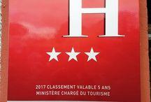 Toute l'équipe de L' Hôtel / Restaurant - L'Auberge Côté Jardin est fière de vous annoncer le renouvellement de ses 3 étoiles !!