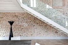 Architecture-Contrast