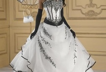 Wedding Dresses and Accessories / by Yasnay Chacon
