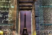 Les environs de l'hôtel / Adresse des grands écrivains, l'hôtel Le Tourville se situe dans le centre de  Paris, entre la Tour Eiffel et les Invalides.
