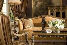 Lounge / Antique pieces